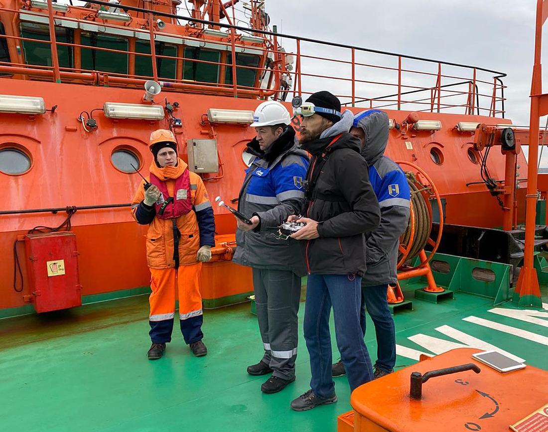 Испытания беспилотника провели специалисты ООО«Газпром недра» иФГБУ «Морспасслужба»